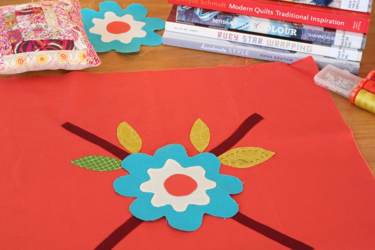 floral appliqué by wooden spoon quilts