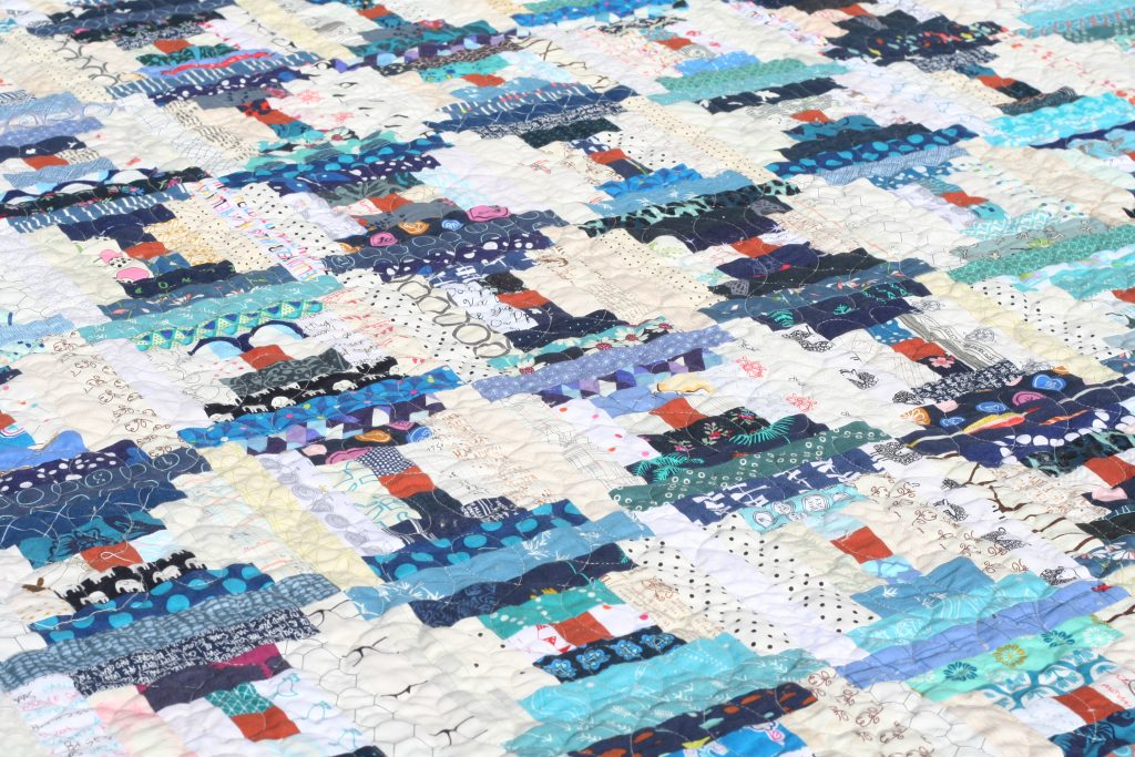 Courthouse Steps quilt by Wooden Spoon Quilts