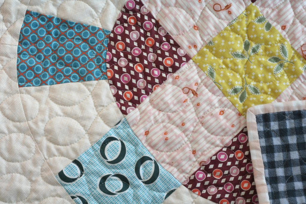 Cog and Wheel quilt close up
